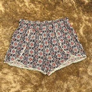 Comfy Cute Detailed Shorts